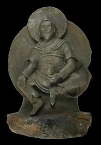 ナチス発見の仏像、隕石だった