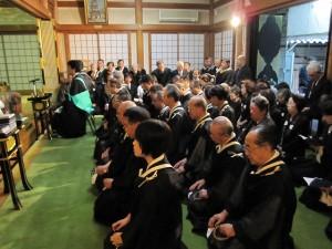 浄林寺通夜式の様子